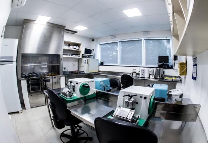 Área Técnica - Histotécnica - Foto 0